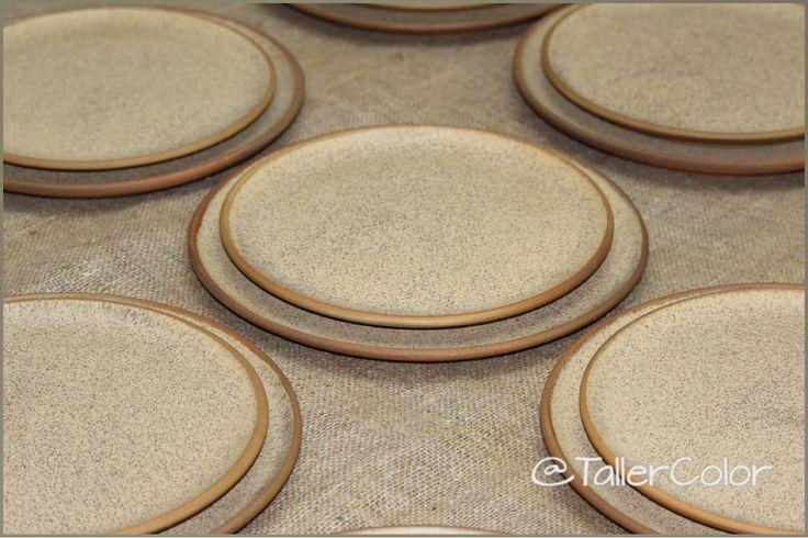 #TallerColor #stoneware #pottery #ceramica