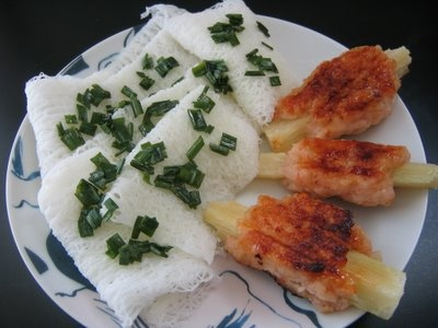 dishmaps chao tom shrimp vietnamese sugar cane shrimp chao tom recipes ...