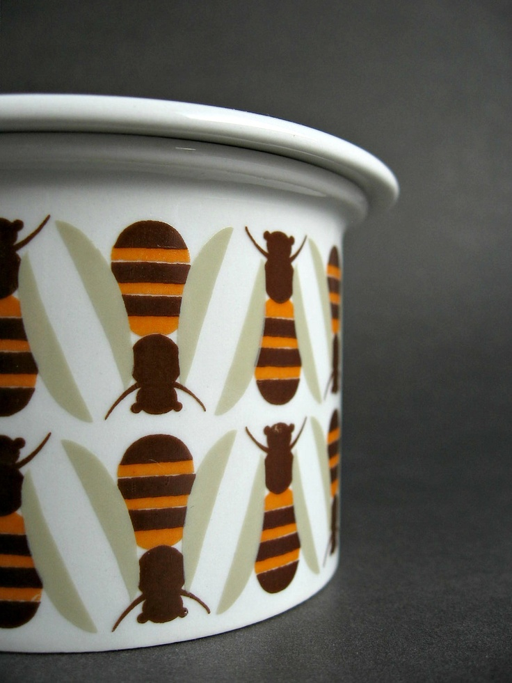 Rare Arabia Finland Pomona Bee Honey Jam Pot with Lid, Scandinavian Modern