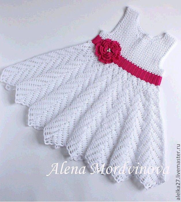 Vestido con una rosa basa en un vestido de verano - LA CASITA DE MABELY - Gabitos