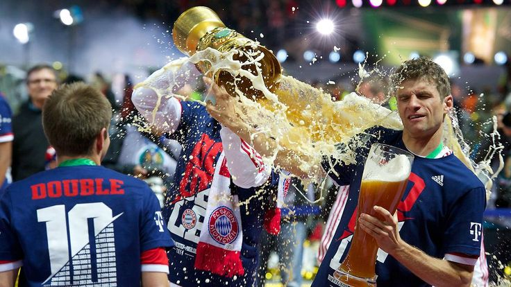 + Fußball, Transfers, Gerüchte +: DFB verbietet Bierduschen beim Pokalfinale