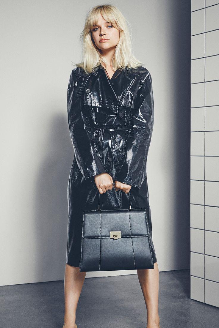 Marie Jedig x Markberg | Classic black and retro look | Guggenheim Bag