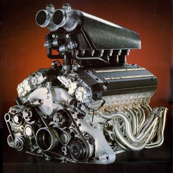 ◆ Visit MACHINE Shop Café ◆ (BMW V12 F1 Racing Engine)