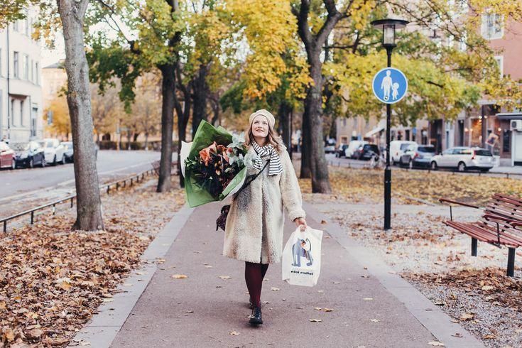 ✉ Hej Elsa! Har en fråga... funderar på att flytta till Stockholm men är världens största fegis och tycker typ det är läskigt att gå på gatorna själv när det är mörkt här hemma i den...