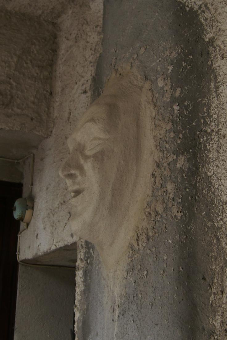 tête modelé sur place chaux et ciment prompt