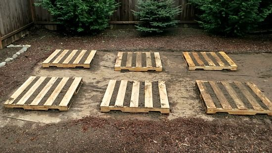 DIY Wood Pallet Garden ~ Just got 2 free pallets :D