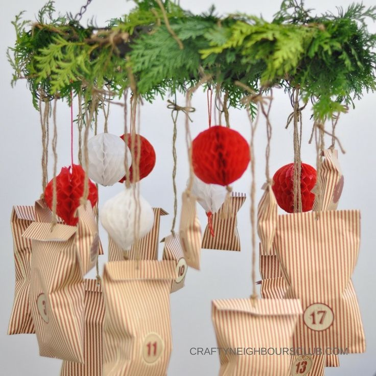 Adventskalender mit Wabenbällen selbstgemacht. Christmas DIY Honeycombs