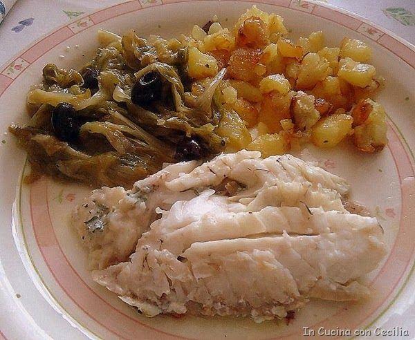 Scorfano al forno con indivia belga, olive taggiasche