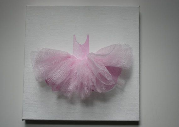 For every little girl that dreams of becoming a ballerina, this hand painted tutu on 8x8 canvas with coordinating tulle brings that dream a little