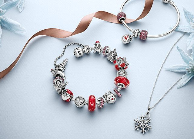 pandora holiday 2015 - Pandora Bracelet Design Ideas