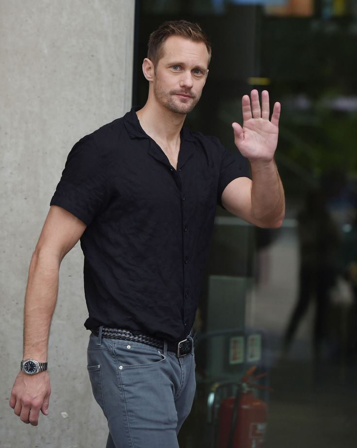 "alexanderskarsgardonline: "" Alexander Skarsgard arriving at BBC Breakfast on 9/28/16 (+more) """