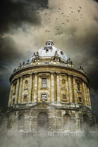 Radcliffe Camera - The Radcliffe Camera is a building of Oxford University, England, designed by James Gibbs in neo-classical style and built in 1737–1749 to house the Radcliffe Science Library.
