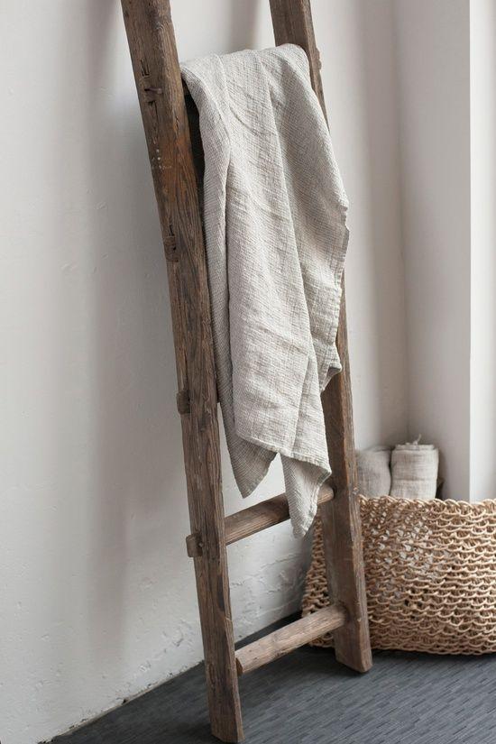 17 mejores ideas sobre escaleras decorativas en pinterest escalera de mantas escaleras de - Escaleras de madera decorativas ...