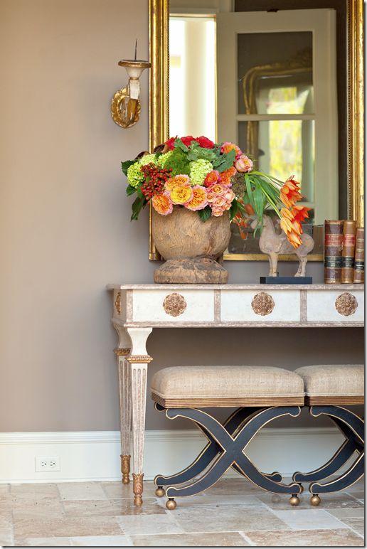 <3<3: Wall Colors, Kitchens Colors, Amy Howard, Consoles Tables, Interiors Design, Cote De Texas, Hall Tables, Fresh Flowers, Stools