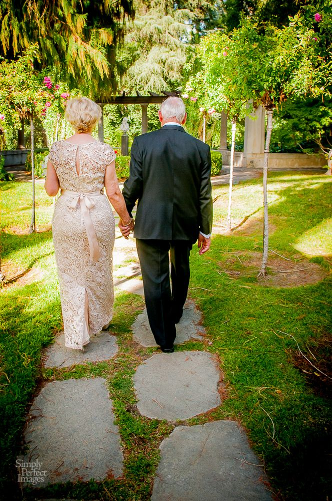 Beautiful wedding at Kimberly Crest for older couple. http://www.simplyperfectimages.com