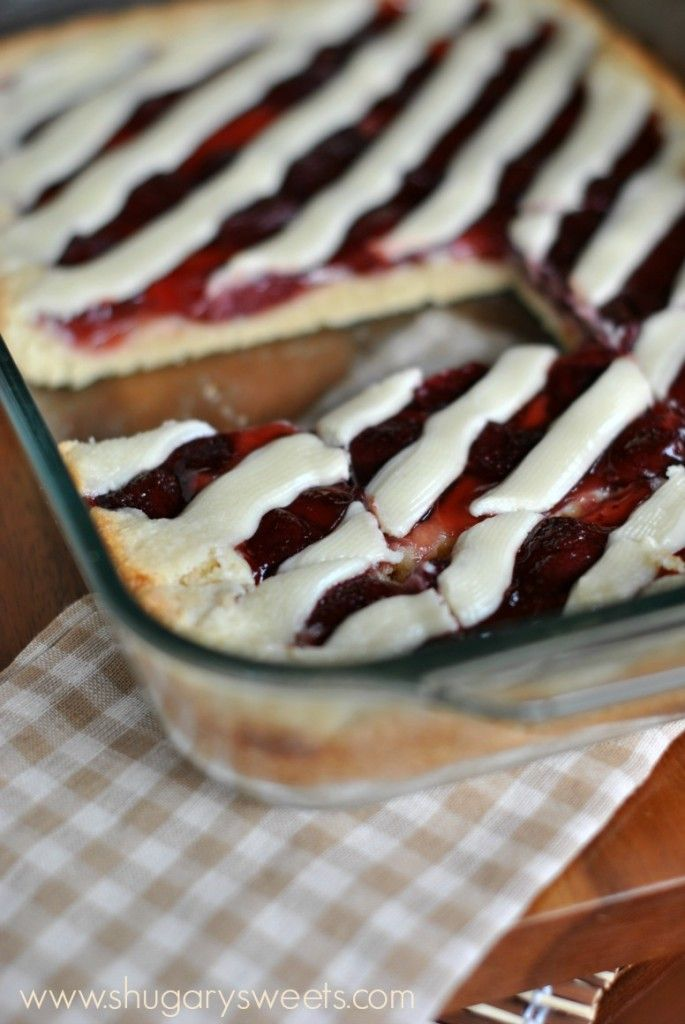 Strawberry Pie Bars: no crust to roll out, easy, delicious pie in a bar form! Cream cheese glaze.
