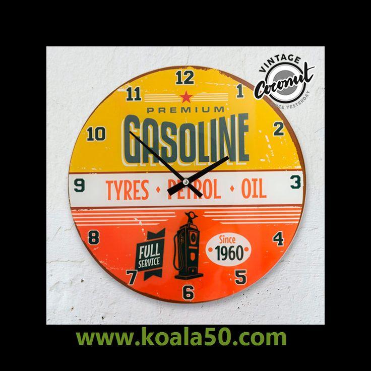 Reloj de Pared Gasoline Vintage Coconut - 5,51 €   ¡Si buscas relojes de pared de estilo retro, te presentamos el reloj de pared GasolineVintage Coconut! Realizado en vidrio. Diámetro aprox.: 30 cm. Grosor aprox.: 0,3 cm. Funciona con pilas (1 x...  http://www.koala50.com/relojes-de-pared-sobremesa/reloj-de-pared-gasoline-vintage-coconut