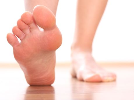 7 Exercises for Fitter Feet The muscle groups of your two feet make up 25 percent of the body's muscles. If you ignore the strength and function of the muscles in your feet, it is like eliminating upper-body exercises from your routine.