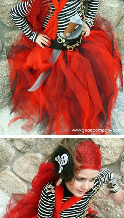 Pirate girl costume-Directions in Spanish, pictures available.... Pretty self explanitory!!