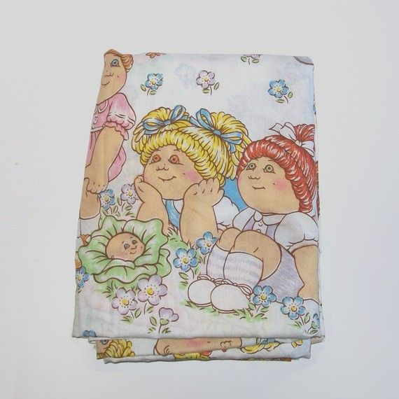Hey, I found this really awesome Etsy listing at http://www.etsy.com/listing/62319341/1980s-cpk-linens-80s-bedding-cabbage