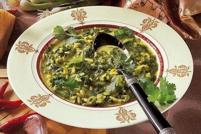 Supă de urzici cu orez (rețete românești pe gustul tău)http://www.antenasatelor.ro/curiozit%C4%83%C5%A3i/tehnologie/8615-supa-de-urzici-cu-orez-re%C8%9Bete-romane%C8%99ti-pe-gustul-tau.html