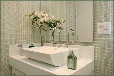ESSA EH A COR DA PASTILHA QUE EU GOSTO! A decoração com pastilha deixa o banheiro super luxuoso
