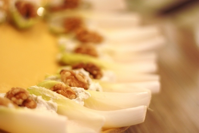 Endive with Blue Cheese