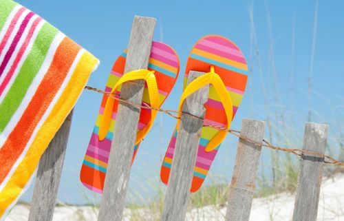 ..Flipflops, Summer Beach, At The Beach, Life A Beach, Flip Flops, Beach Time, Summer Colors, Bright Colors, Summer Life