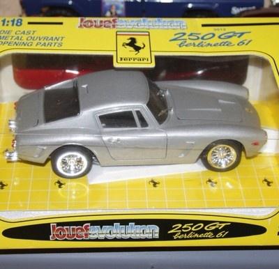 Ferrari 250 GT Berlinetta Scuderia Silver Vintage Barn Find 1 18 Diecast Italy