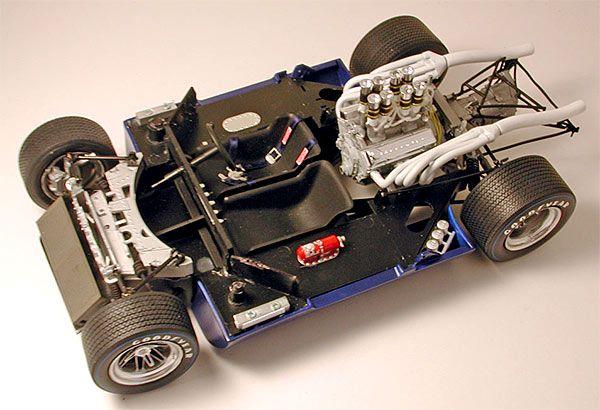 Lola T70 Engine Photos
