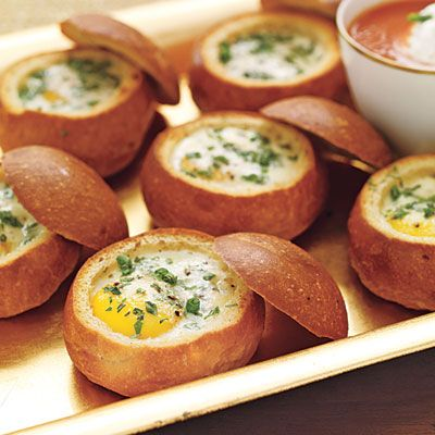 Baked Eggs in Dinner Roll Bread Bowls