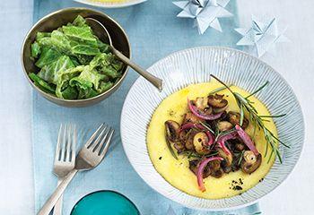 Cremige Polenta mit Champignons und Kohlgemüse