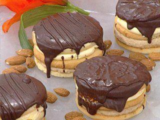 Recetas  Mirta Carabajal | Alfajor de moka y chocolate | Utilisima