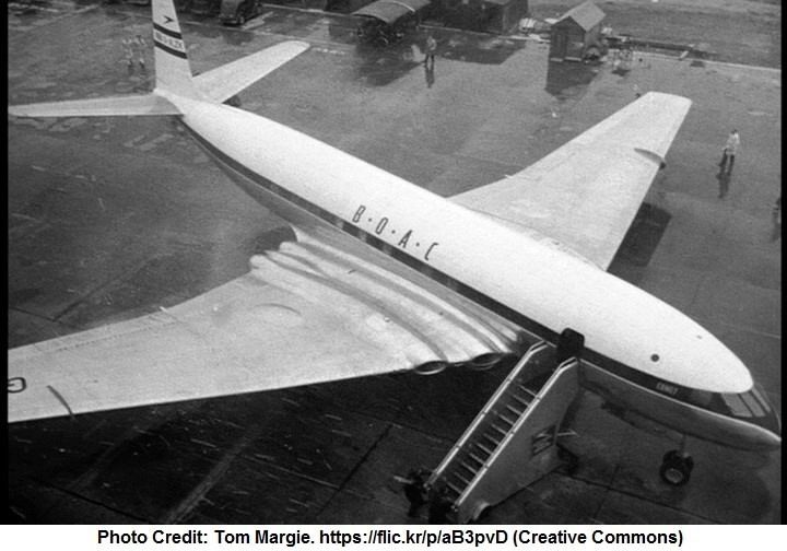 DH 106. The Comet. One of the most beautiful airliners.