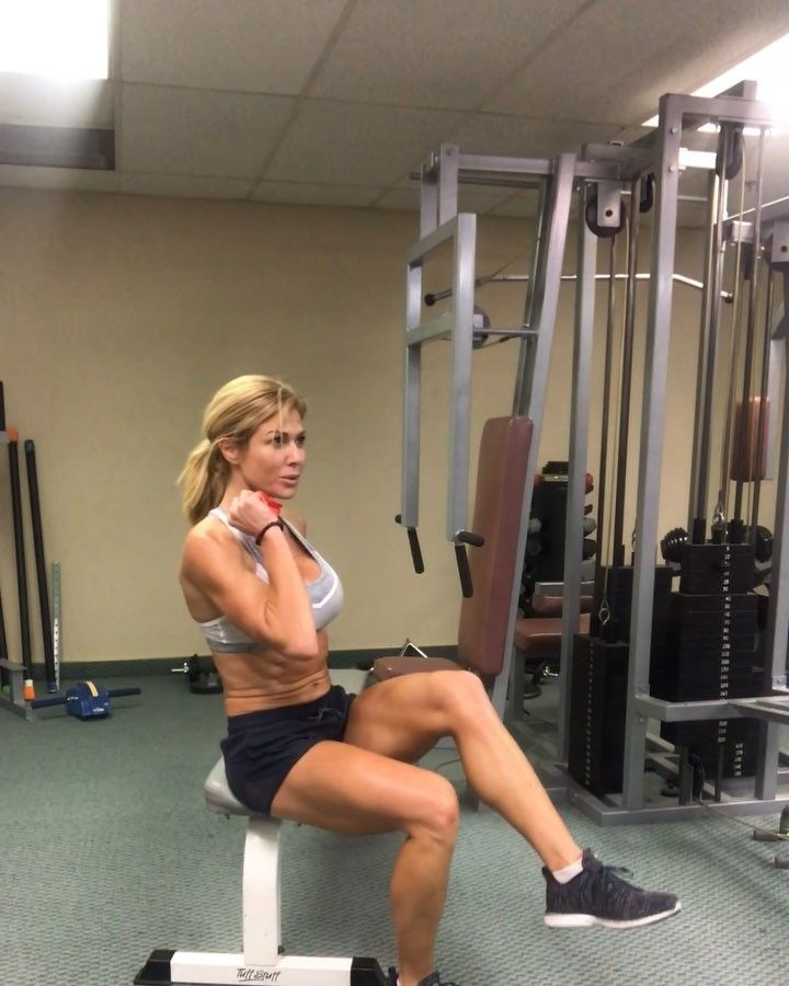 "5,018 Likes, 95 Comments - Torrie Wilson (@torriewilson) on Instagram: ""All you need is a bench & a band! Try this awesome cardio circuit..1 minute each side/exercise.…"""