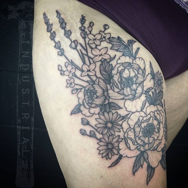 Tattoo By Misskwan From Industrial Tattoo 20170801 With Images Tattoos Tattoo Images Flower Tattoo