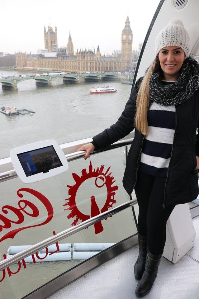 A blogueira Mari Costa em Londres com Bota Fiero. #SouFiero