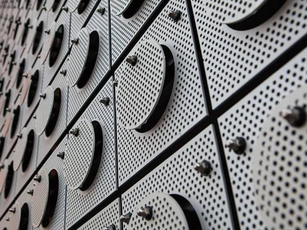 Decorative Perforated Metal Sheet Is Made Of 302 304 316