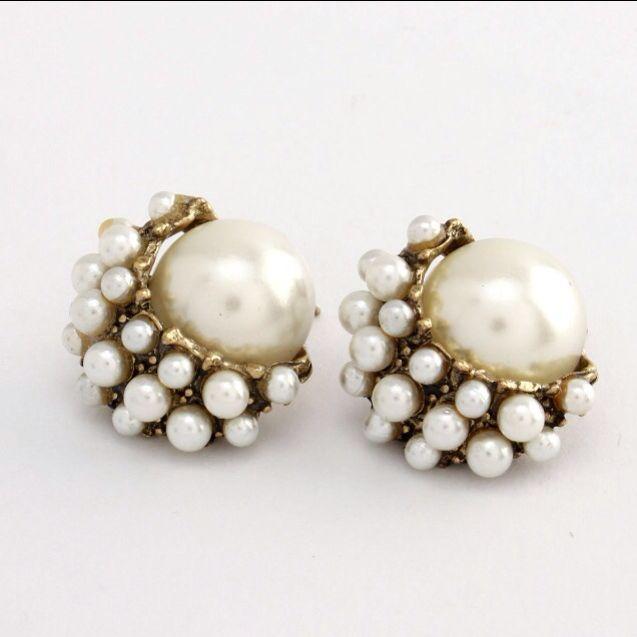 Golden post earrings with pearl. facebook.com/bijouxalacarte