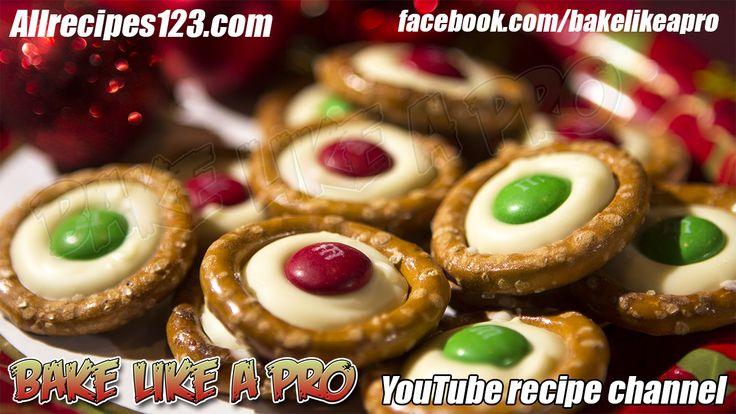 White Chocolate M&Ms Holiday Pretzels Recipe