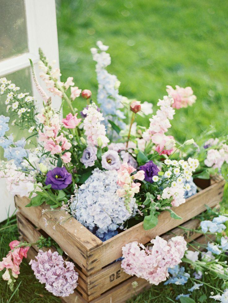Best 10 Spring wedding flowers ideas on Pinterest Spring