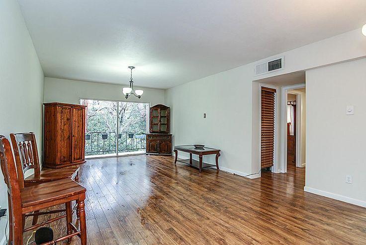 Condos for Sale in Deerwood Gardens Condo - Houston TX Real Estate 77063