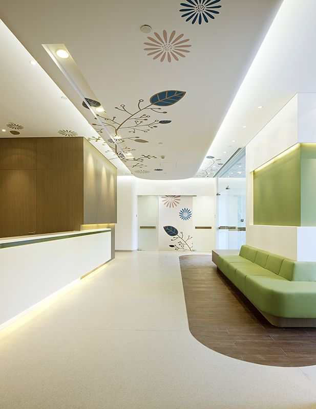 American Sino Hospital Audong Clinic - subtle patterns use of colour