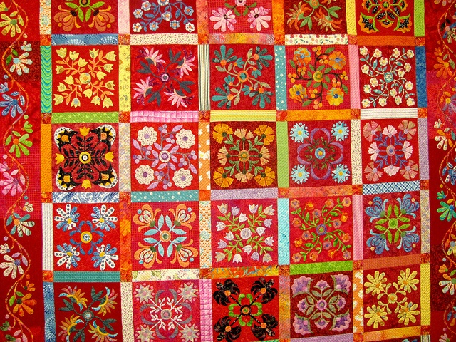 The vibrant colors on this quilt from the 2012 Quilt Expo are stunning!