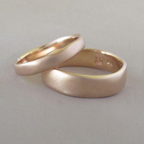 Anello di matrimonio opaca in 14k oro rosa  fiume di esdesigns