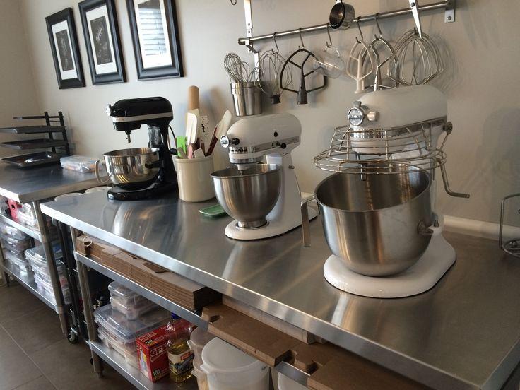 25 best ideas about pastry shop on pinterest cake shop bakery shops and cake shop design - Bakery kitchen design ...
