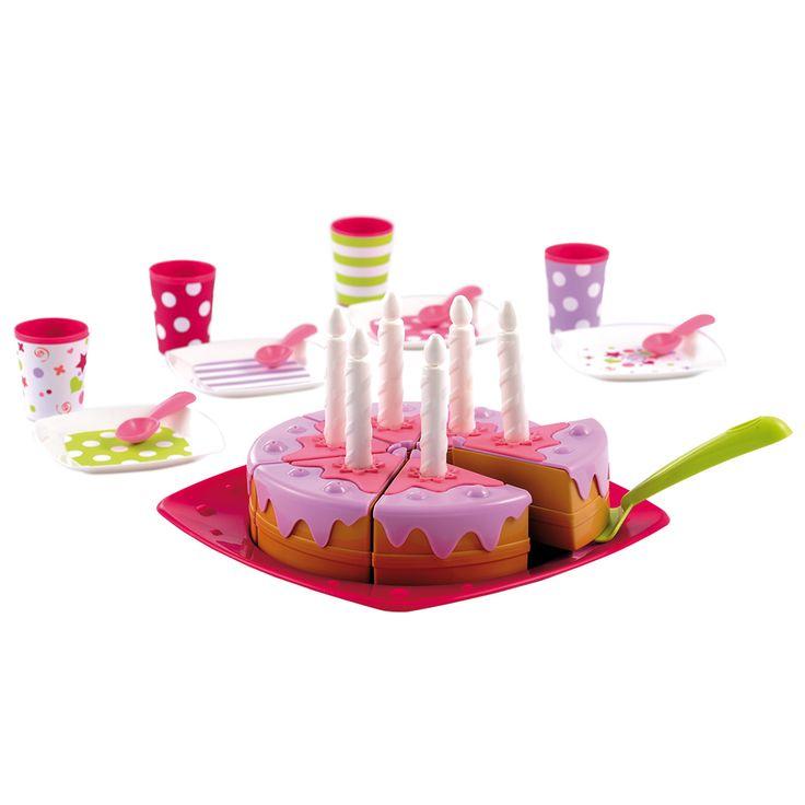 Vier je verjaardag met deze verjaardagstaart. De taart bestaat uit 6 stukjes met kaarsje. Inclusief bordjes, bekertjes en lepeltjes. Geschikt voor kinderen vanaf 18 maanden.