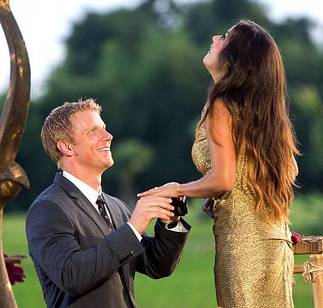 Sean Lowe Proposes to Catherine Giudici.. Gold FTW! Gives me hope that love exists <3