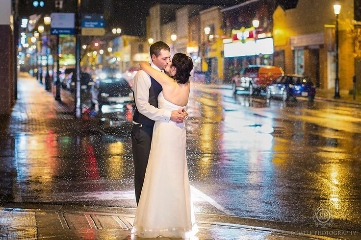 CLICK THIS PIN to see more night time wedding photos in the rain. Night wedding Barrie, Ontario, rainy night time photo