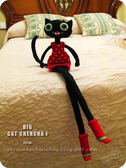 Big Cat Chencha (Muñeca de trapo 45 cm. aprox)